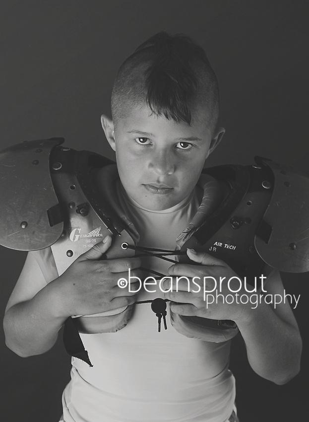 Football Sports Portraits | Suffolk Virginia Sportrait Photographer
